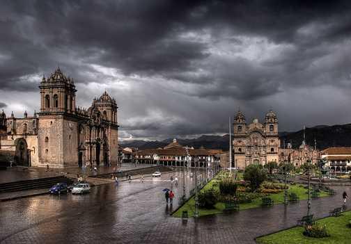 Cusco - Sun throught the storm