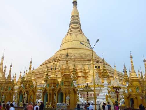 One of many pagodas at Bagan