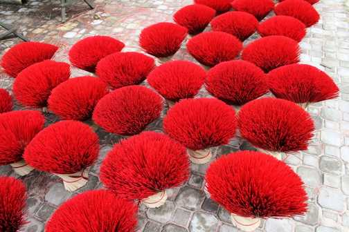 Incense sticks, Cuu Long Vietnam - stopped the bike for a whizz and saw these incense sticks