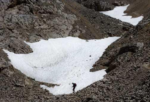 Descent from Mt Embler