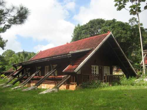 Mayari Lodgings