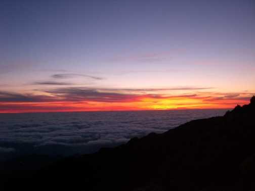 Sun rise from Pico Ruivo
