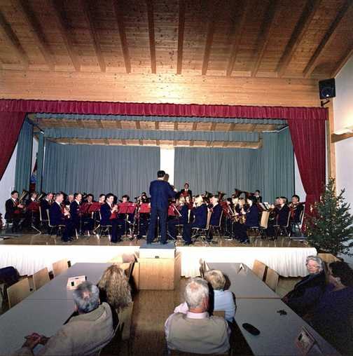 Day 1 - Trins village brass band Christmas Concert