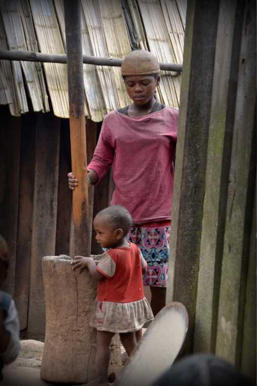 Zafimaniry children - Ifasina
