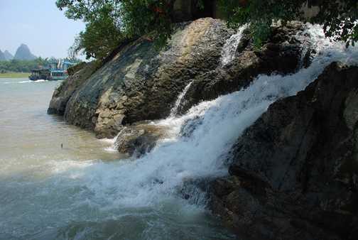 Waterfall into Li River