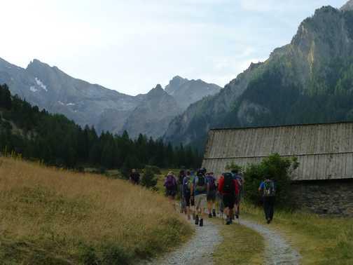 Setting off on a wonderful hiking adventure