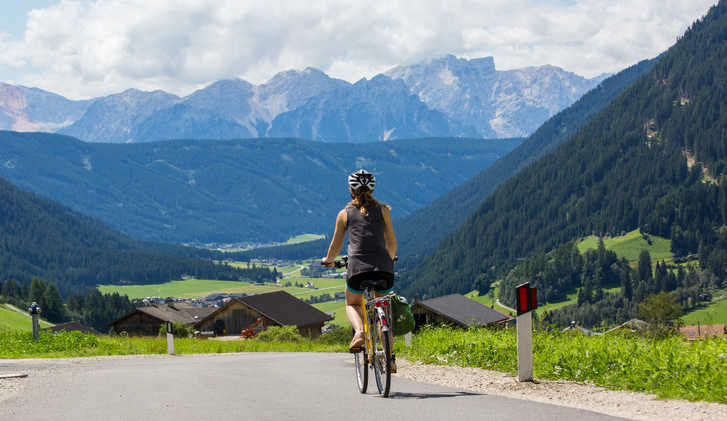 Cycling towards Welsperg
