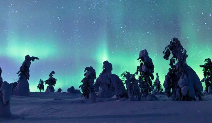 Aurora on the horizon, Torasseippi, Finland